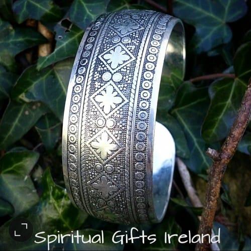 Tibetan Silver Gypsy Bohemian Style Cuff Bangle Bracelet