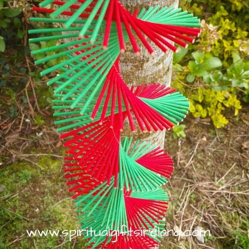 Hanging Bamboo Mobile Wind Spinner Red