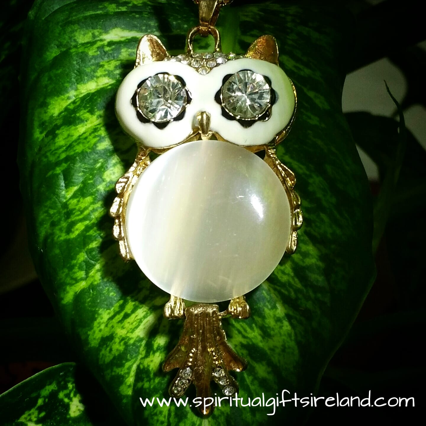 unforgettable necklace pic f hinged vintage neck owl white whtowl pendant huge item lane ruby