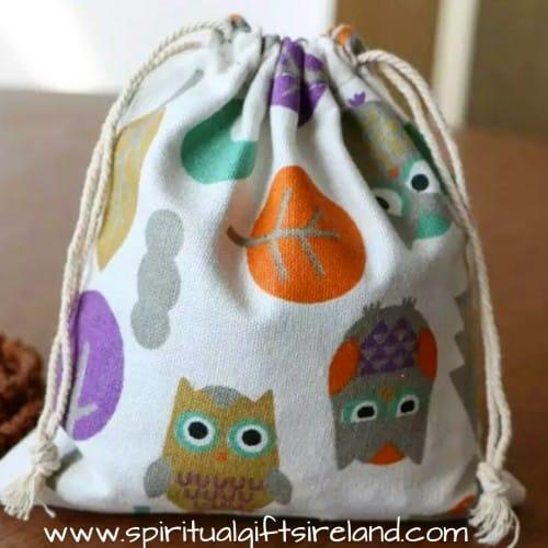 Owl Print Cotton Linen Mix Drawstring Pouches