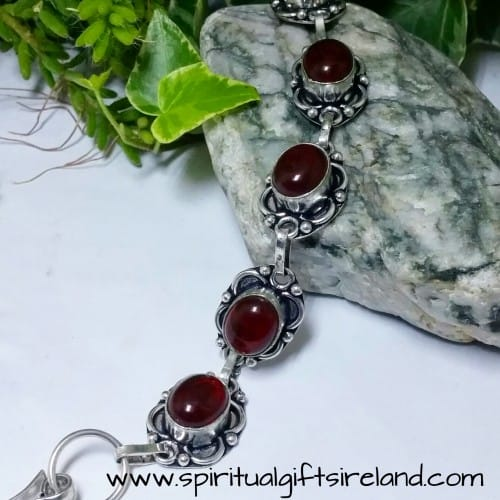 Red Agate Root Chakra Crystal Gemstone Bracelet (6)