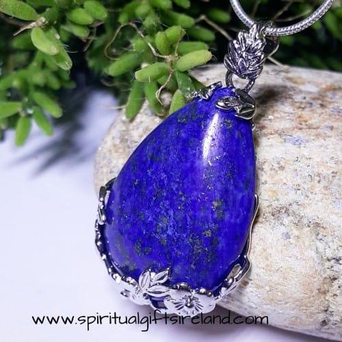 Lapis Lazuli Filigree Flower Necklace